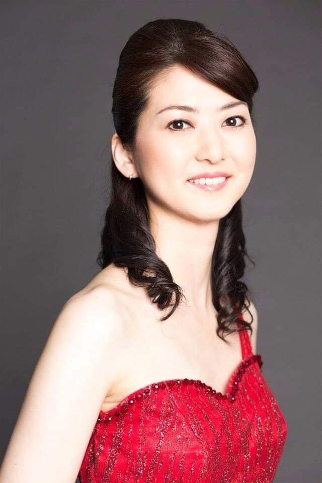 ソプラノ歌手・華山庄子さん